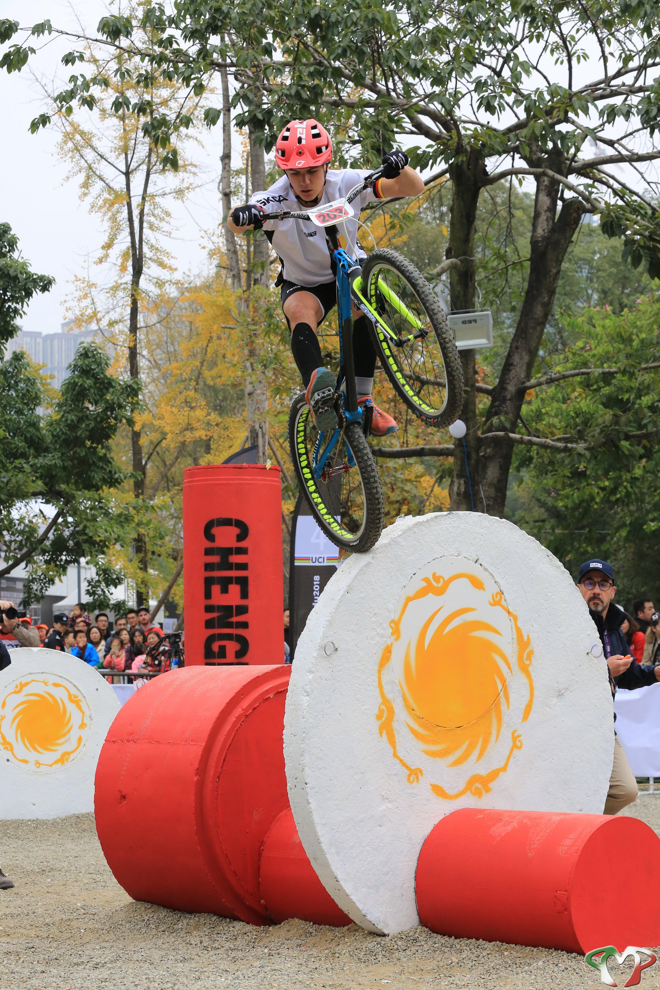 Felix Keitel beim Fahrrad Trial bei der UCI Weltmeisterschaft in Chengdu China